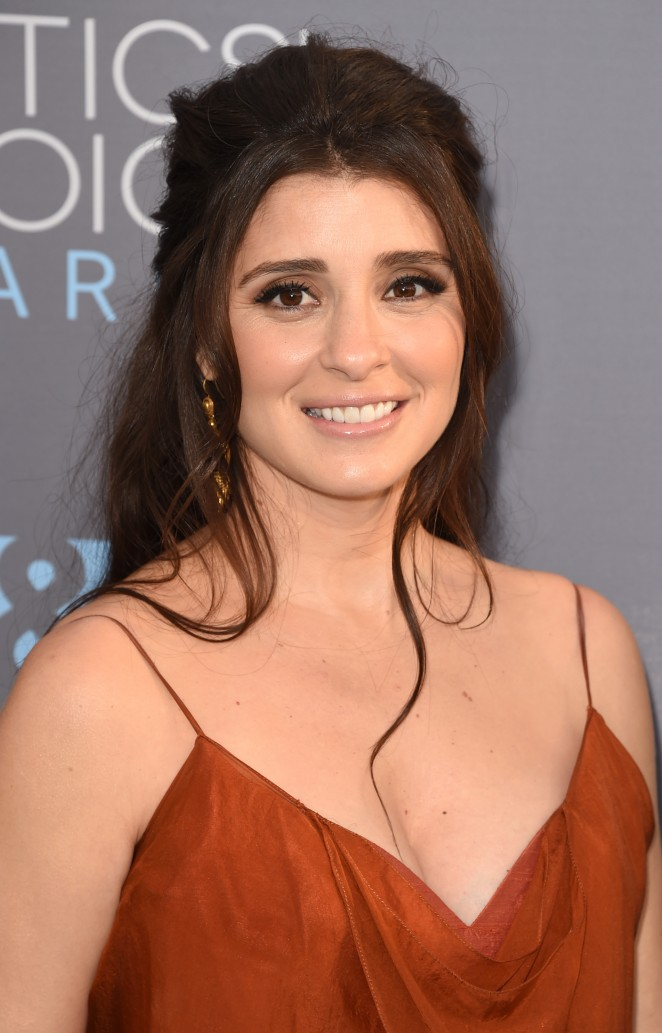 Shiri Appleby: 2016 Critics Choice Awards -03