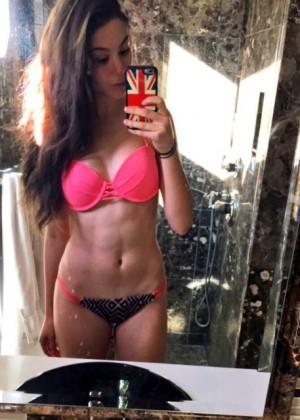 kira_kosarin_bikini_6