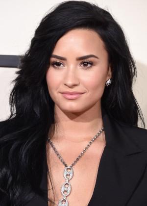 Demi Lovato11