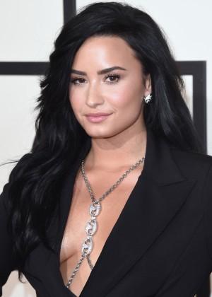 Demi Lovato17