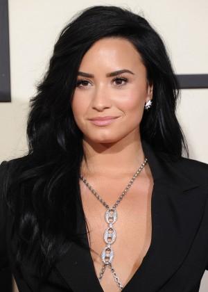 Demi Lovato3