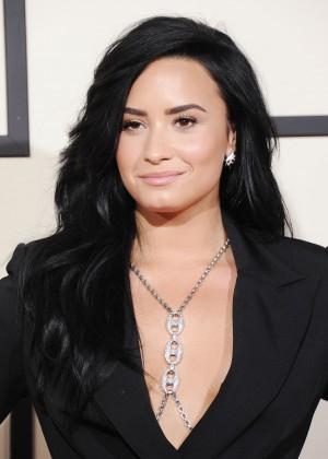 Demi Lovato4