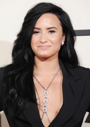 Demi Lovato5