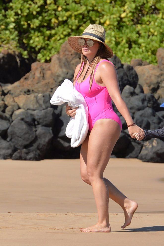 Hilary Duff in Pink Swimsuit on the beach in Kihei