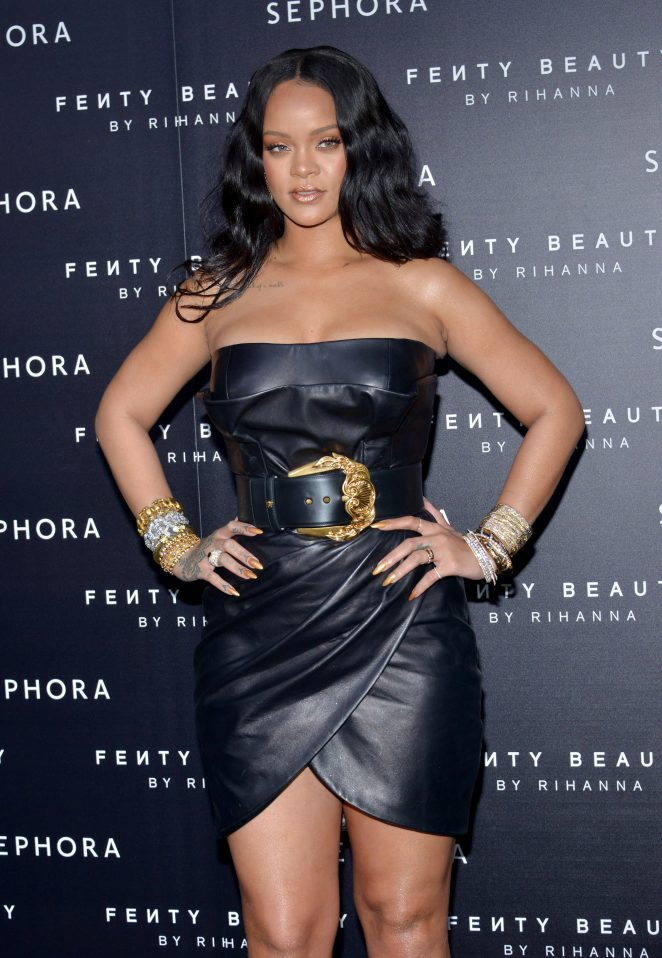 Rihanna – Launch of Make-Up 'Fenty Beauty' Line by Sephora in Milan