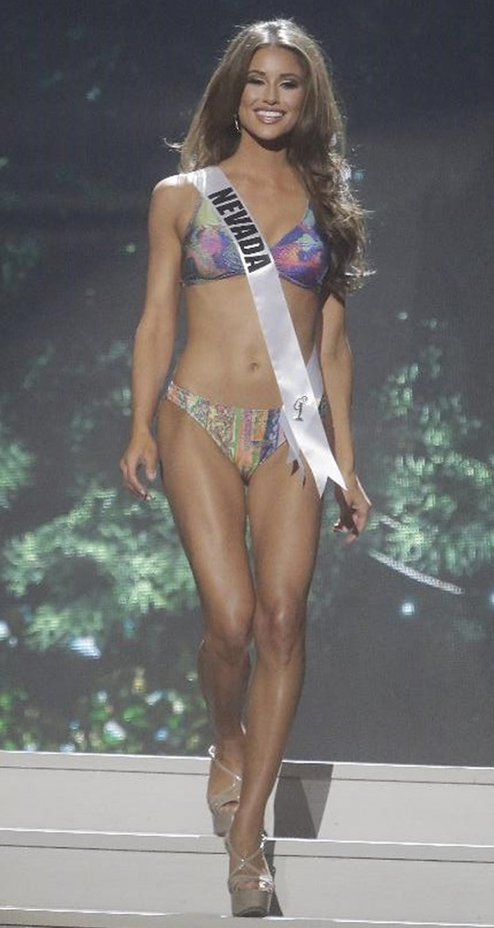 Miss USA Winners Pose Naked in Sexy New PETA - E! Online