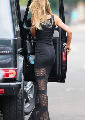 Abbey Clancy hot in black dress-03