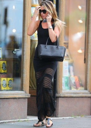 Abbey Clancy hot in black dress-04