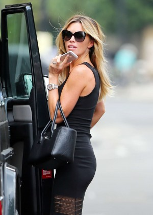 Abbey Clancy hot in black dress-05
