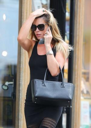 Abbey Clancy hot in black dress-14