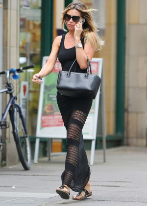 Abbey Clancy hot in black dress-16