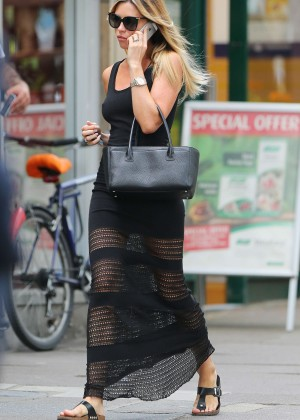 Abbey Clancy hot in black dress-23