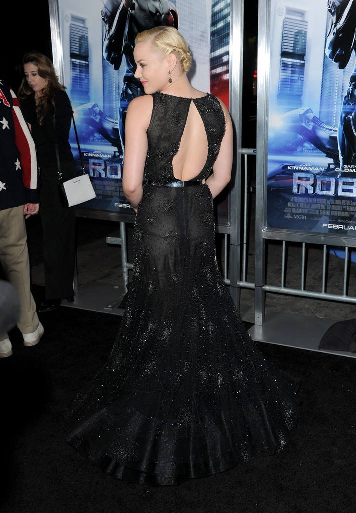 Abbie Cornish 2014 : Abbie Cornish: Robocop Premiere -03
