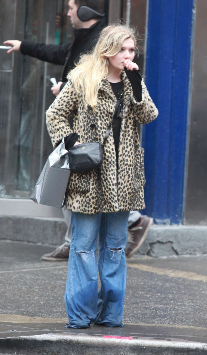 Abigail Breslin in Jeans Out in NYC