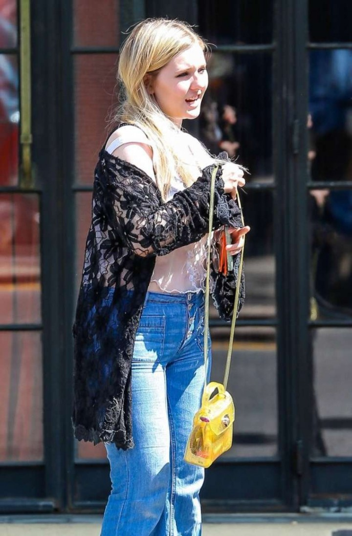 Abigail Breslin in Jeans Outside The Bowery Hotel in New York