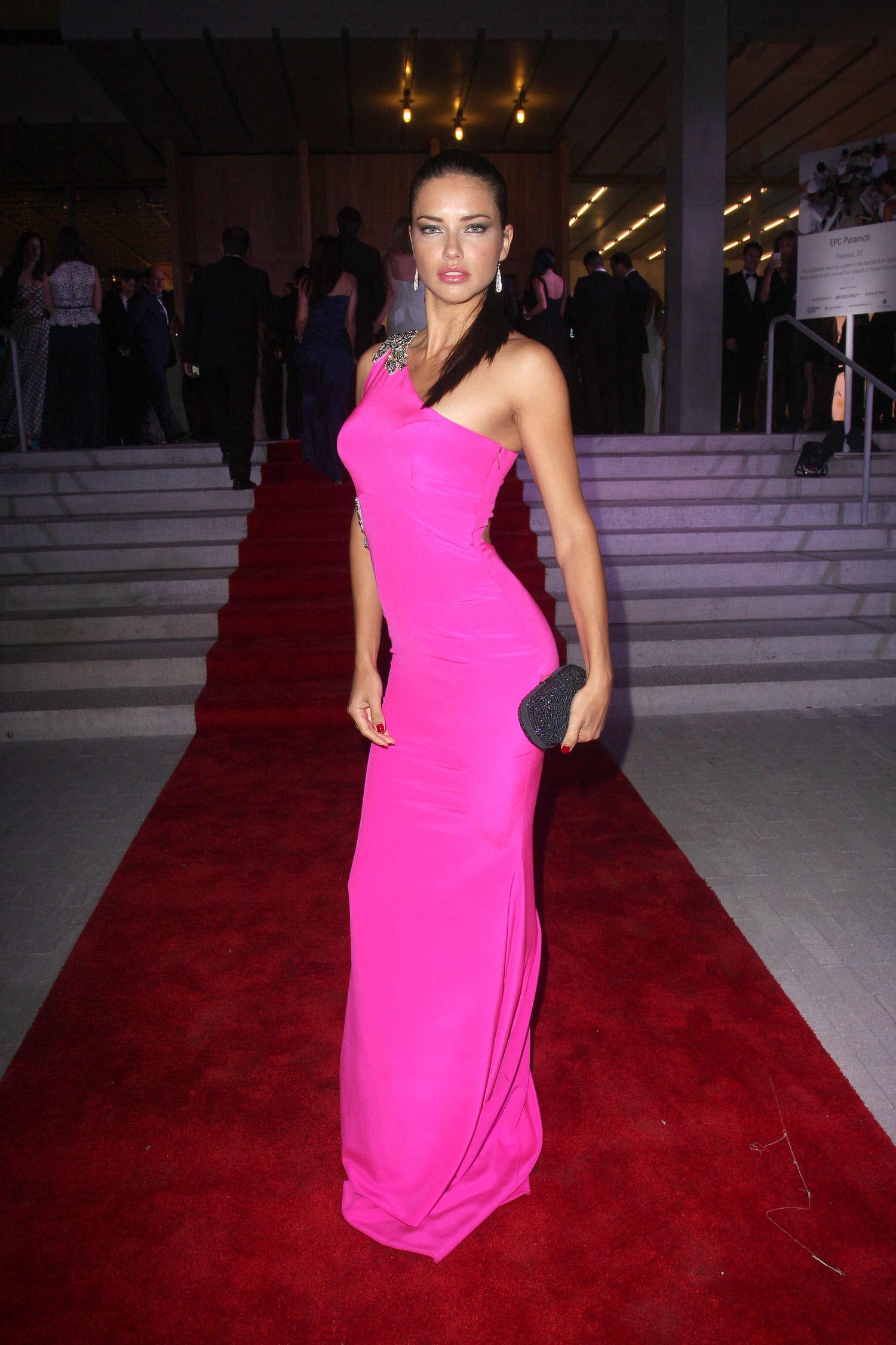 Adriana Lima In Pink Dress 06 Gotceleb