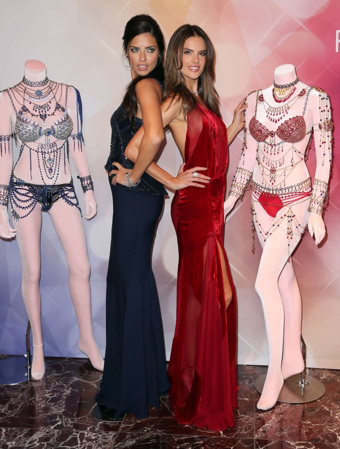 Adriana Lima & Alessandra Ambrosio - Victoria's Secret Fashion Show Mall in Las Vegas