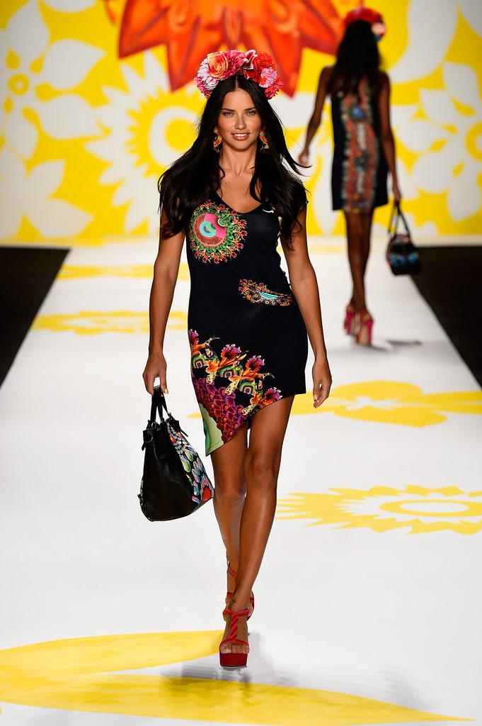 Adriana Lima: Catwalk Pics at Desigual Spring 2015 Fashion ...