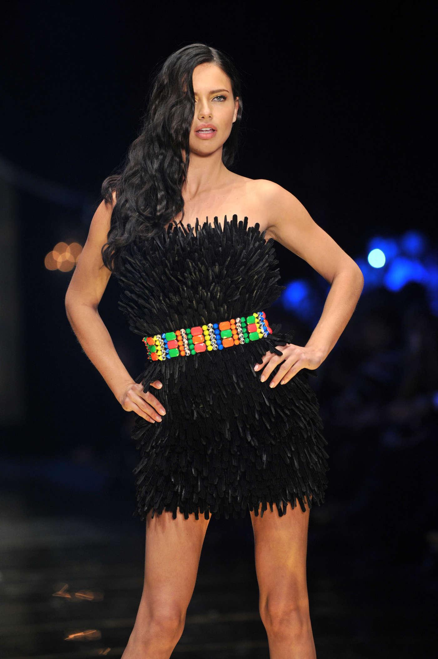 Dosso Dossi Fashion Show 2013 -03