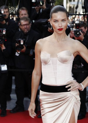 Adriana Lima: The Homesman Premiere -10