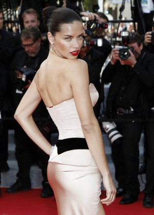 Adriana Lima: The Homesman Premiere -15