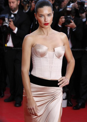 Adriana Lima: The Homesman Premiere -18