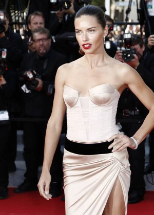 Adriana Lima: The Homesman Premiere -22