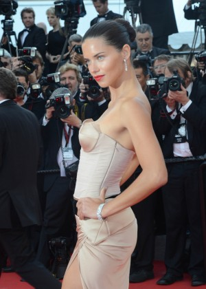 Adriana Lima: The Homesman Premiere -23