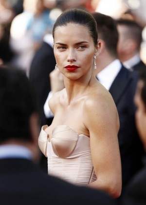 Adriana Lima: The Homesman Premiere -26