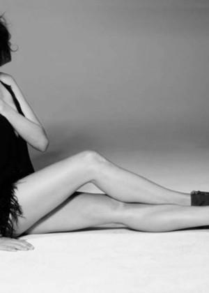 Aida Yespica: Sharp Magazine -05