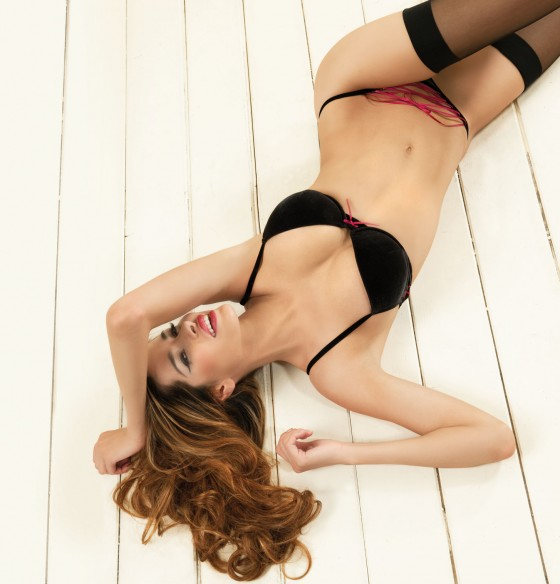 Aida Yespica – Si e lei Fall-Winter 2011 Lingerie Collection-14