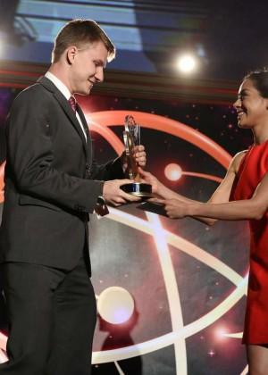 Aimee Garcia - 2014 College Television Awards -09