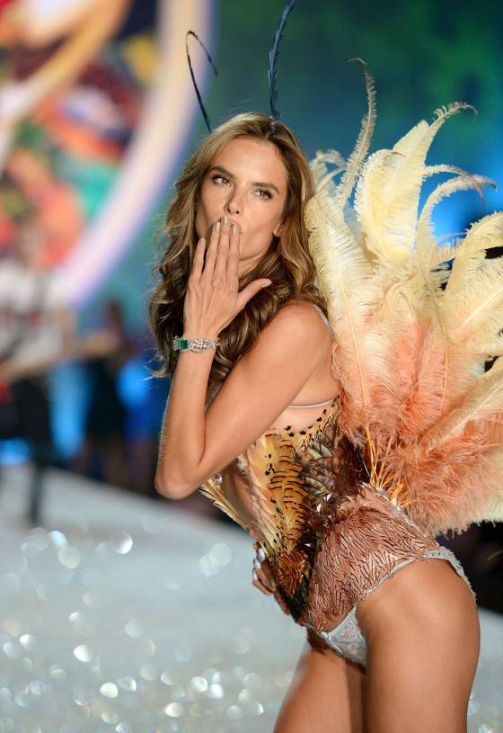 Alessandra Ambrosio – 2013 Victoria's Secret Fashion Show Runway in NYC