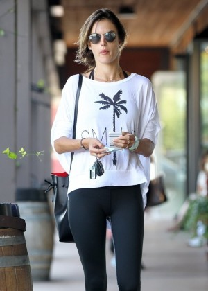 Alessandra Ambrosio in Tight Leggings at a Gym in Brentwood
