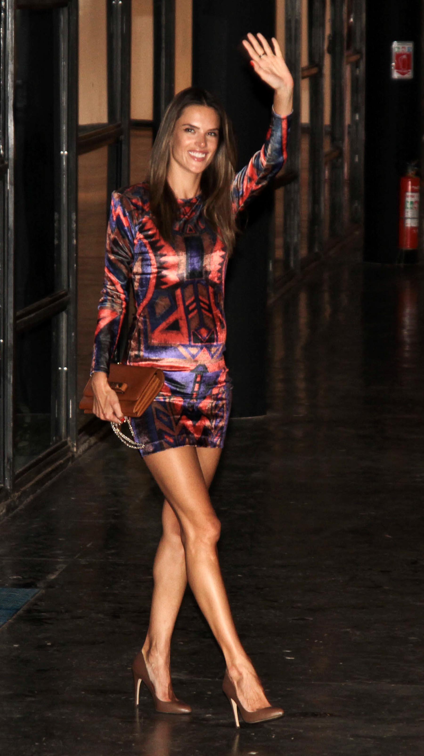 Alessandra Ambrosio - legs for days at Fashion Week ...