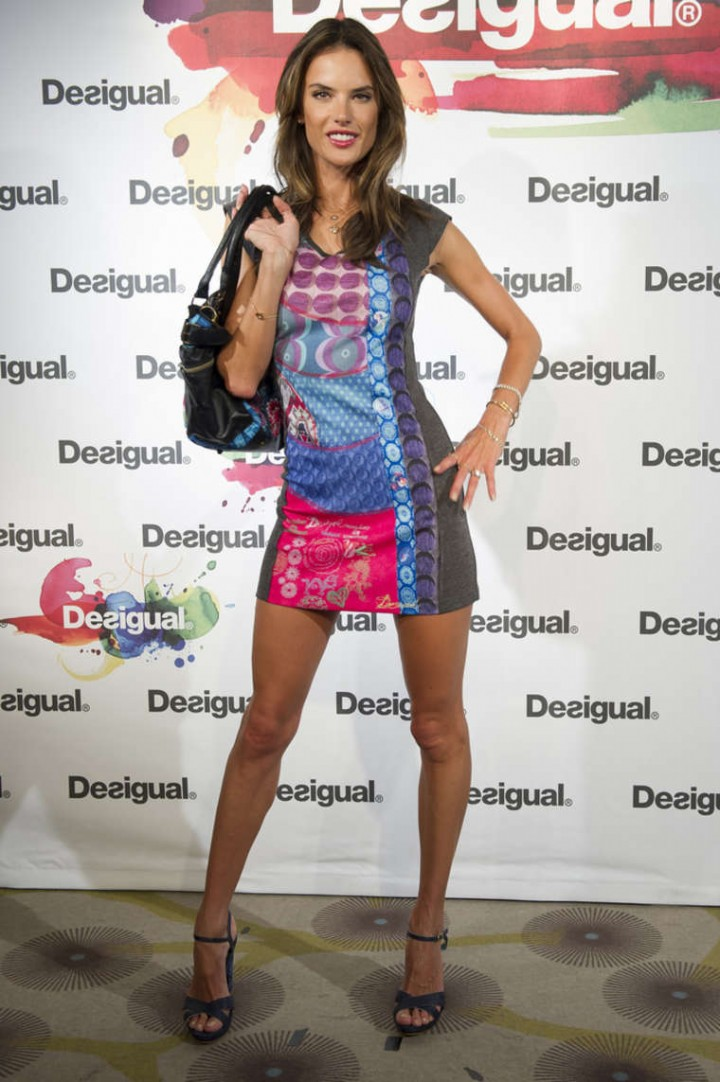 Alessandra Ambrosio: Desigual Photocall -05