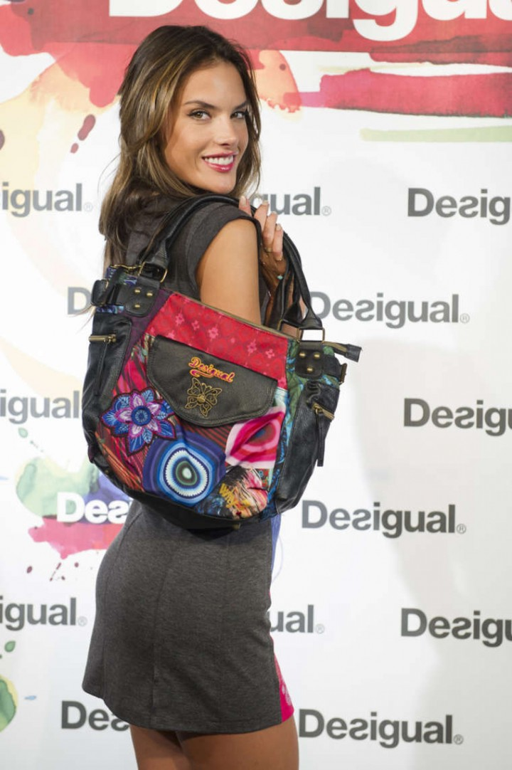 Alessandra Ambrosio: Desigual Photocall -11