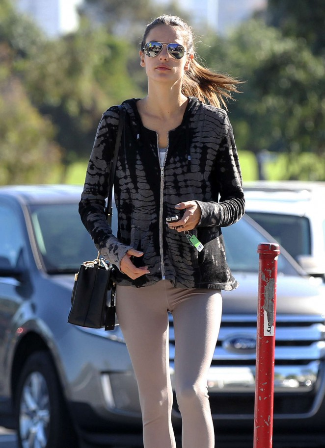 Alessandra Ambrosio Street Style – Out and about in LA