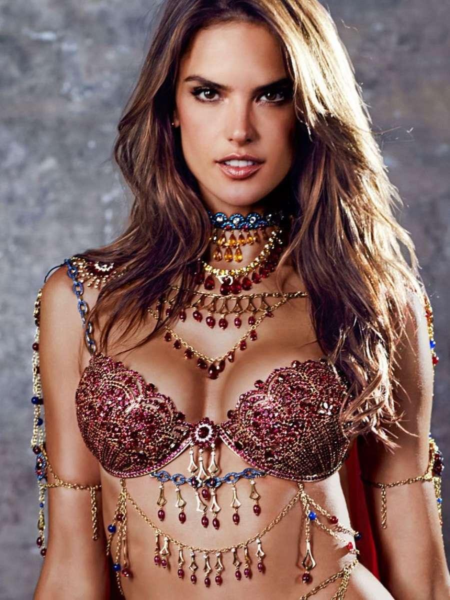 003e4360e4744 Alessandra Ambrosio  2014 Victorias Secret Fantasy Bra Preview -02 ...