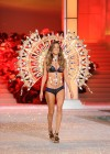 Alessandra Ambrosio - Victorias Secret Fashion Show November 2011-07