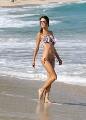 Alessandra Ambrosio in Bikini Relaxing on the Beach in St Barts