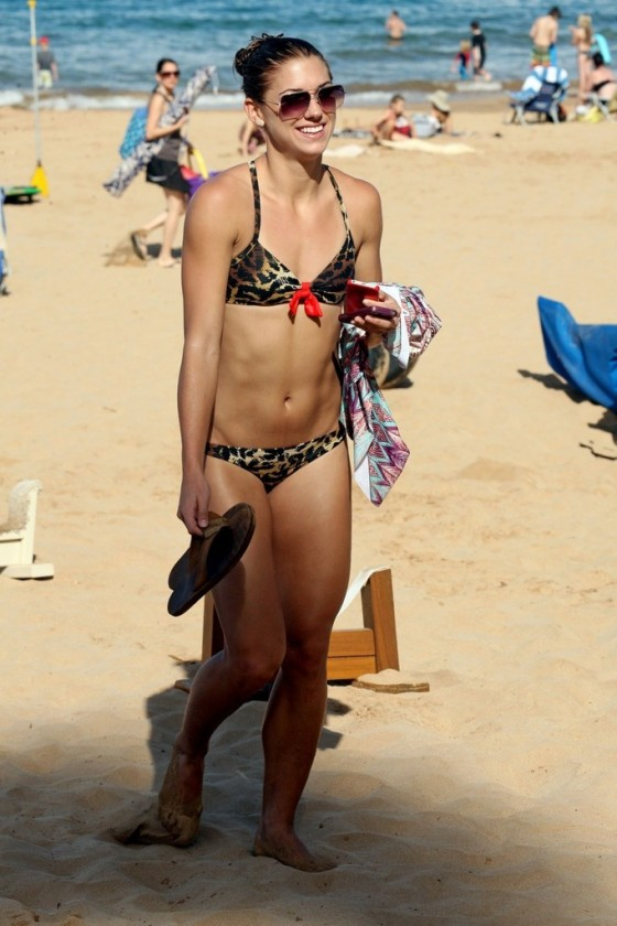 Alex Morgan - New bikini pics in Hawaii-01