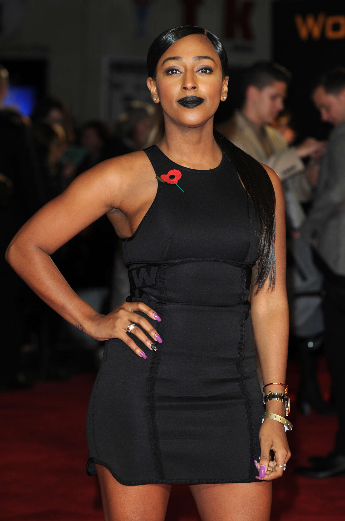 Alexandra Burke At Premiere Of The Hunger Games Mockingjay Part 1 In London Gotceleb