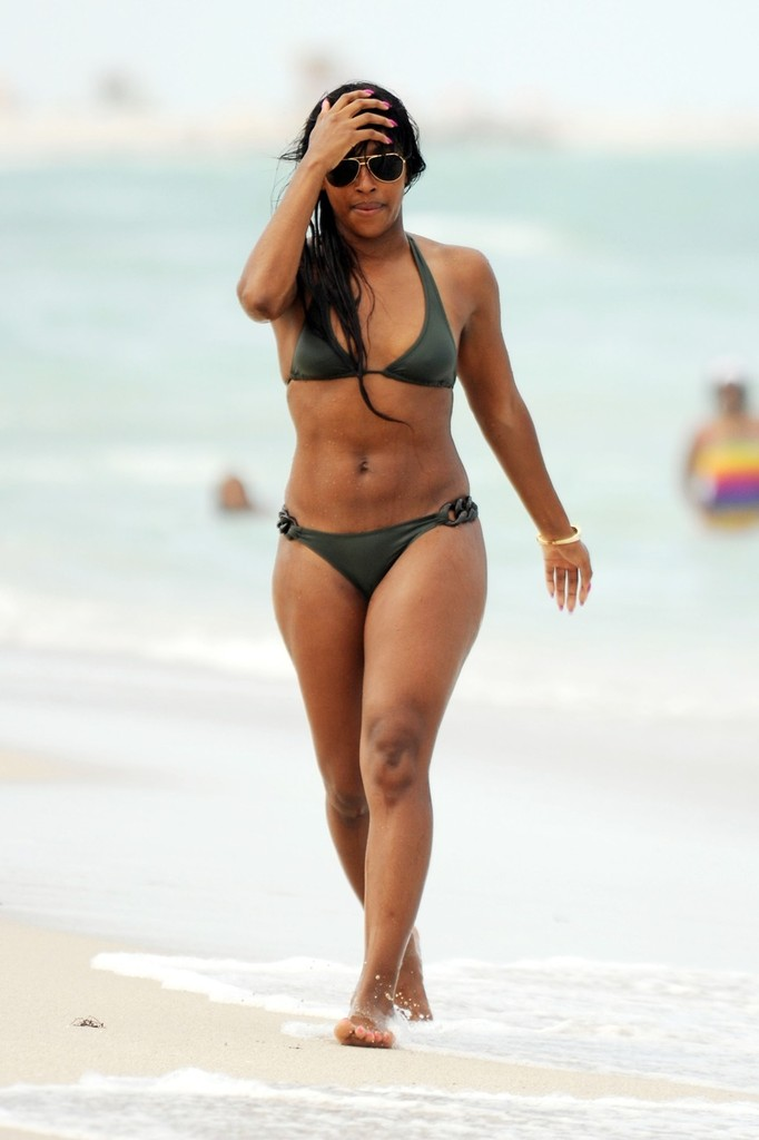 Alexandra Burke - bikini in Miami-05 - GotCeleb