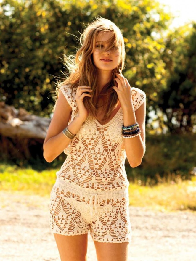 Alexia Fast: Anna Kosturova Summer 2012 -11 - GotCeleb