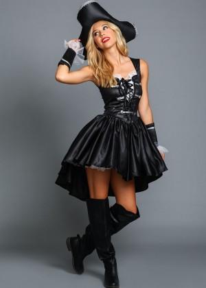 Alexis Ren: Love Culture Halloween Costume Shoot 2014 -07