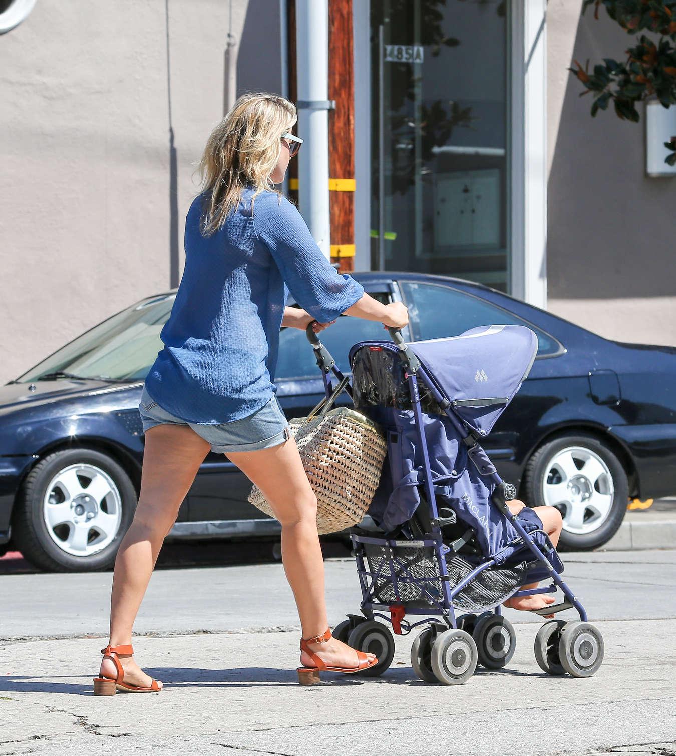 Ali Larter Wearing Shorts In LA - CELEBUFF