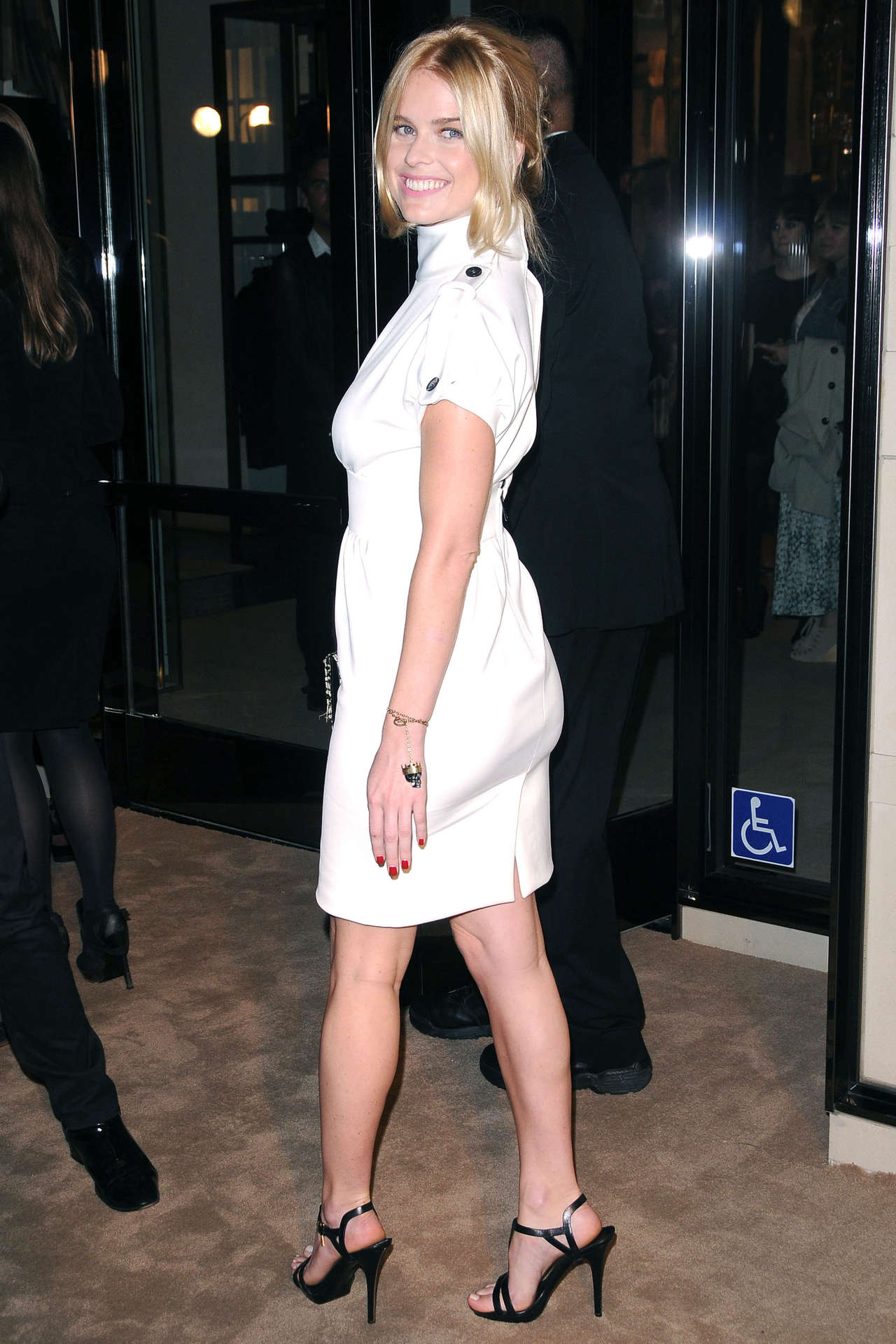 Car Show Miami >> Alice Eve - Burberry-06 | GotCeleb