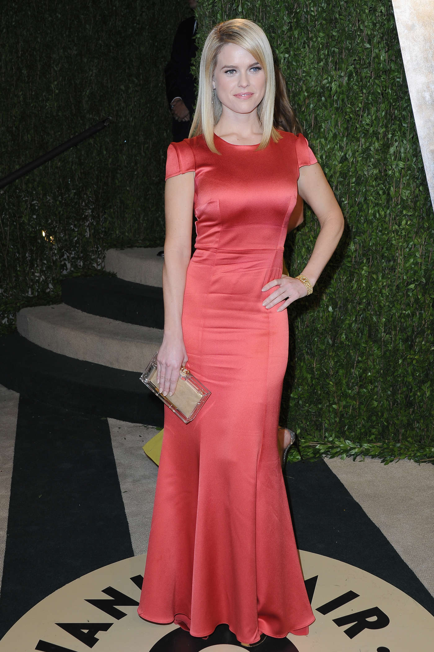 Alice Eve 2013 : Alice Eve – Oscar 2013 – Vanity Fair Party -05