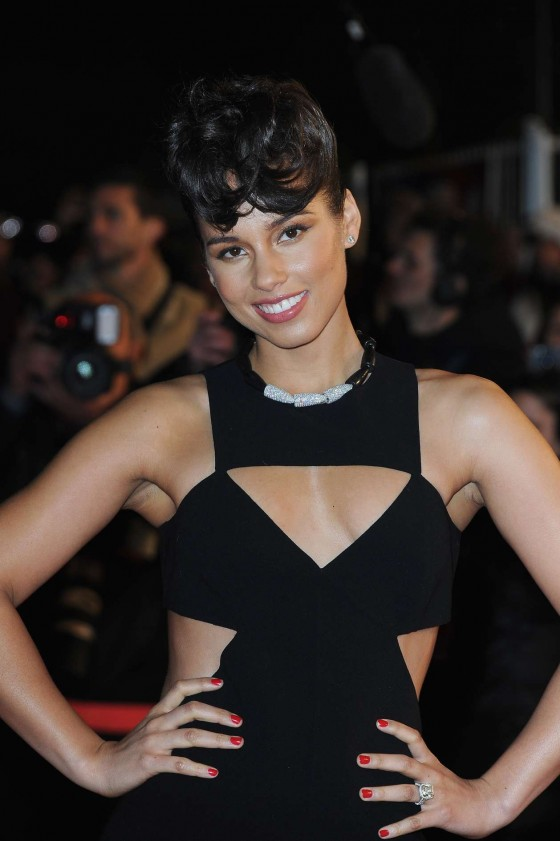 Alicia Keys - Music Awards in Cannes